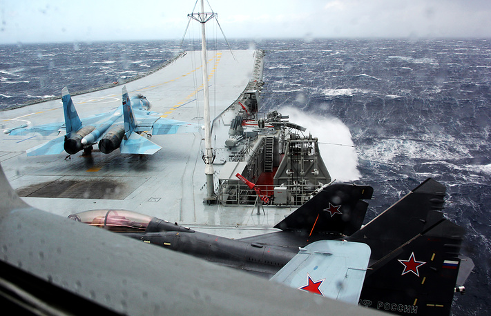 Sukhoi Su 33 and a Mikoyan MiG 29K fighter jets