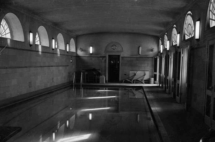 The Presidents Swimming Pool in the White House, 1938