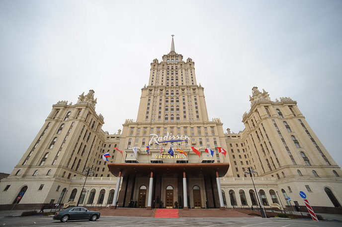 Ukraina Hotel reopened as Radisson Royal Hotel Moscow after 3 years of restoration, 2010