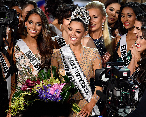Demi-Leigh Nel-Peters reacts after being named the 2017 Miss Universe