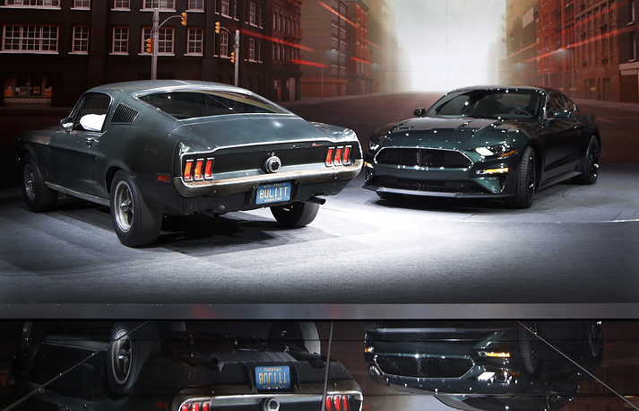 """Celebrating the 50th anniversary of iconic movie """"Bullitt"""" and its fan-favorite San Francisco car chase, Ford introduced the new 2019 Mustang Bullitt. Photo: New Ford Mustang Bullitt and original cars used in filming at the North American International Auto Show in Detroit"""