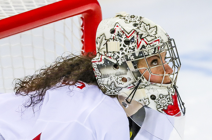 Shannon Szabados of Canada looks up during the Women's Ice Hockey Semifinal match between Canada and Russia