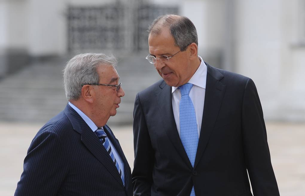 Russian Foreign Minister Sergey Lavrov (right) and former Russian PM Yevgeny Primakov ITAR-TASS/Grigory Sysoyev