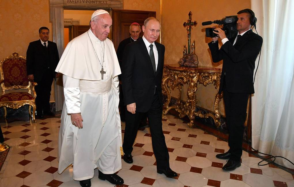 Pope Francis and Russian President Vladimir Putin  Alessandro Di Meo/Pool Photo via AP