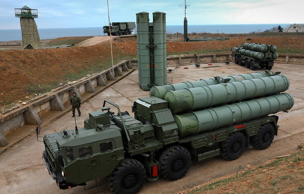 An S-400 surface-to-air missile system Sergei Malgavko/TASS