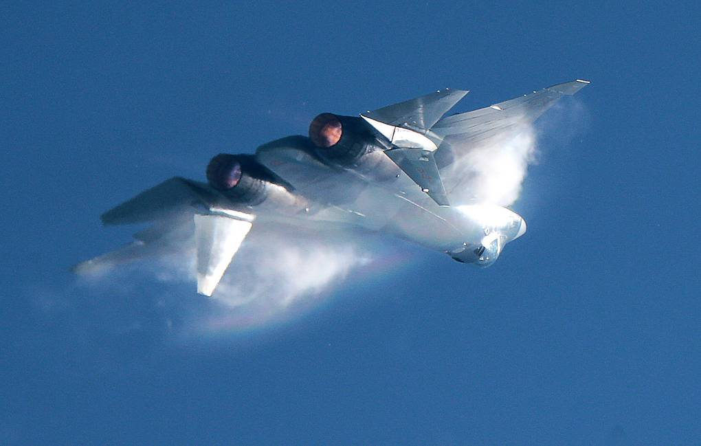 Pilots of Su-57 will have a special assistance system that helps overcome the limits of overload