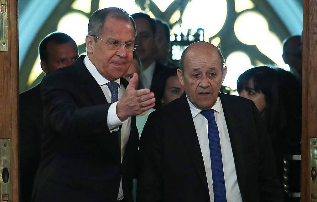Russian top doplomat Sergei Lavrov, French Foreign Minister Jean-Yves Le Drian Anton Novoderzhkin/TASS, archive