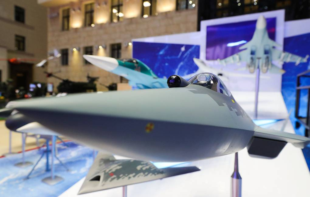 Showpieces at an exhibition of modern armament and machinery ahead of a meeting of the Russian Defense Ministry Board to sum up the results of the Armed Forces' activity in 2019 and outline objectives for 2020, at the National Defense Control Center Mikhail Klimentyev/TASS