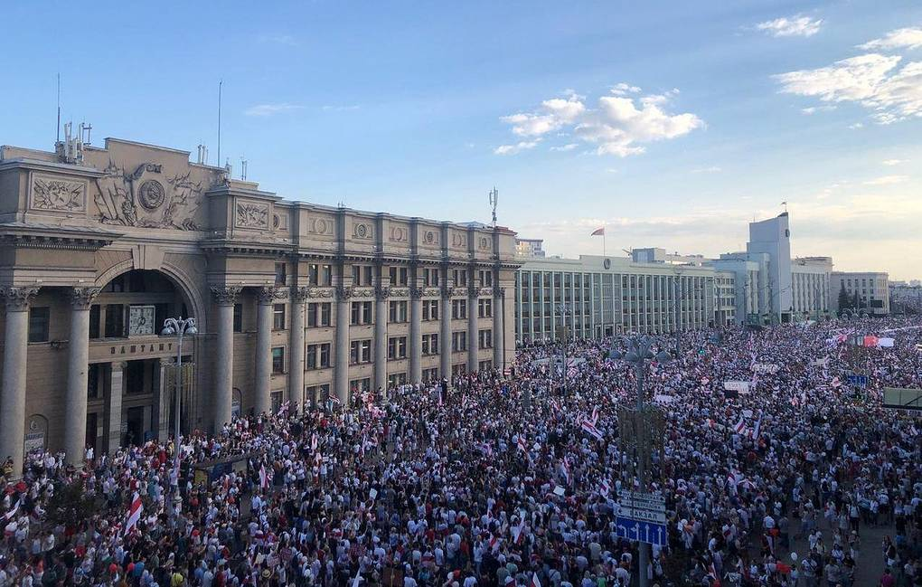 Five Hour Opposition Rally In Minsk Brings Together Tens Of Thousands Of People World Tass