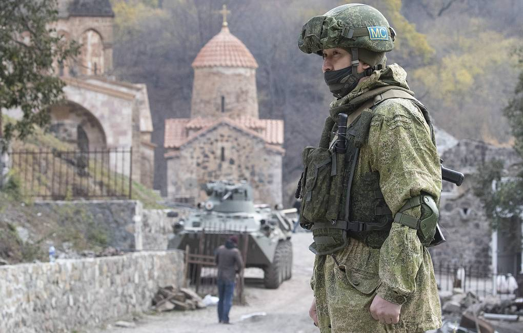 Russian peacekeeper guarding the area near the Dadivank monastery in Nagorno-Karabakh Stanislav Krasilnikov/TASS