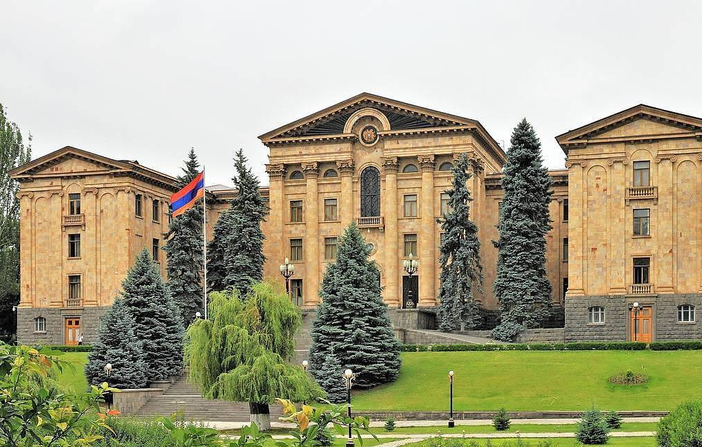Armenia's parliament Marcin Konsek/CC BY-SA 4.0/Wikimedia Commons