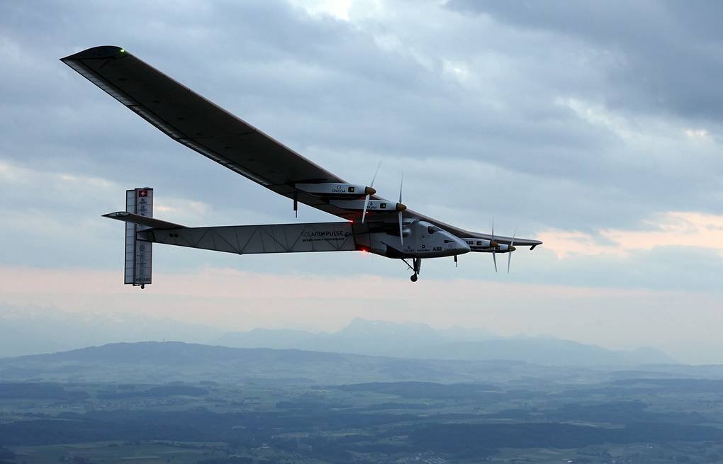 Solar Impulse 2 AP Photo/Denis Balibouse
