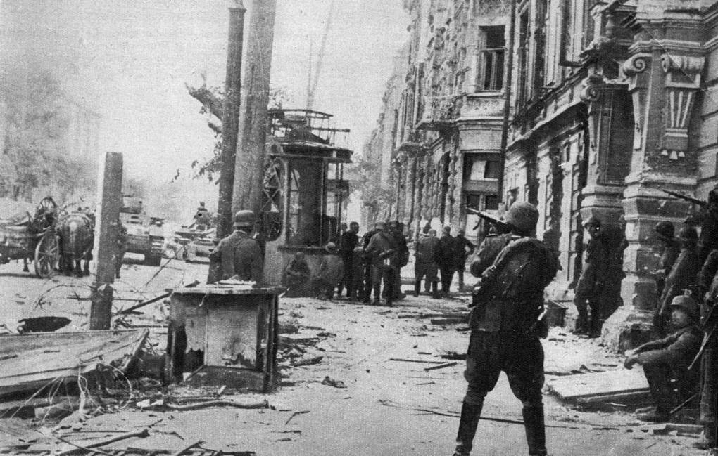 24th July 1942: German soldiers fire the last shots in their mopping up operations in the main streets of Rostov. It was their second conquest of the city, where the tenacious Russian snipers kept them occupied even after the town had fallen Keystone/Getty Images