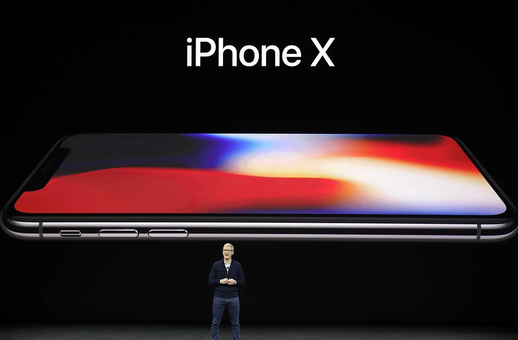 Генеральный директор Apple Тим Кук на презентации iPhone X AP Photo/Marcio Jose Sanchez