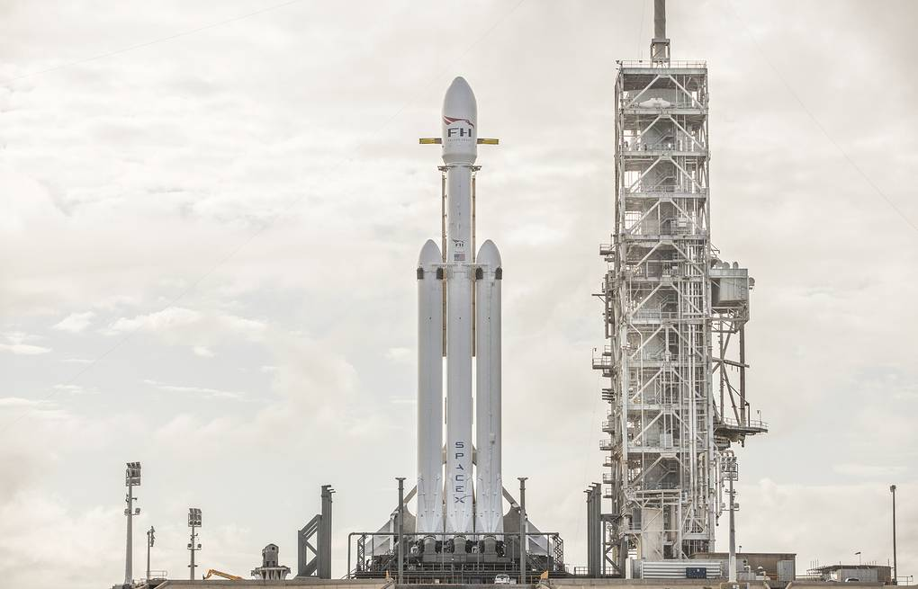 Ракета-носитель Falcon Heavy SpaceX via AP