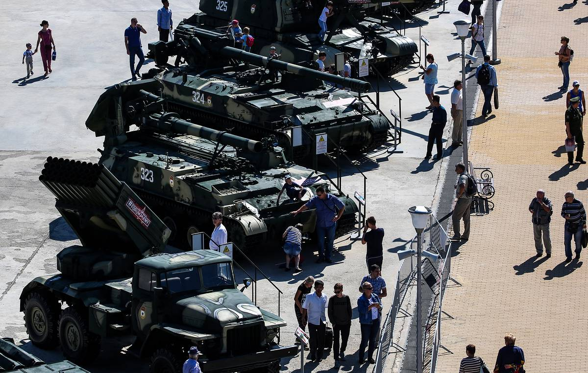Putin says Russia continues to be leader in modern weaponry despite military spending cuts