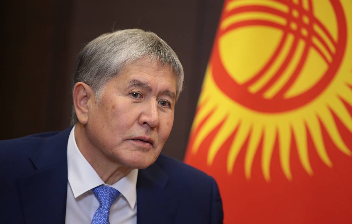 Kyrgyz court rules to keep ex-president in custody