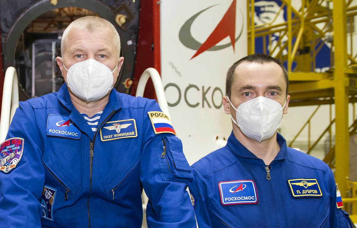 Russian cosmonauts go on first spacewalk in 2021