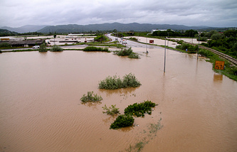 A general view of a flooded road near Uzice, 300km south-west of Belgrade, Serbia, 15 May 2014
