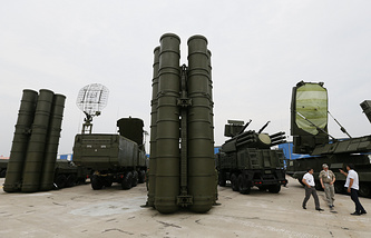 Military exhibition Oboronexpo-2014 in Zhukovsky outside Moscow, August 13