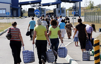Refugees return home