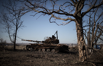 Destroyed tank in Luhansk region
