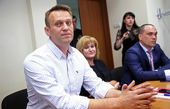 Alexey Navalny and his lawyers in court
