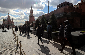 People visiting the Lenin Mausoleum on Moscow's Red Square
