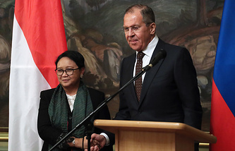 Indonesian and Russian Foreign Ministers, Retno Marsudi and Sergey Lavrov