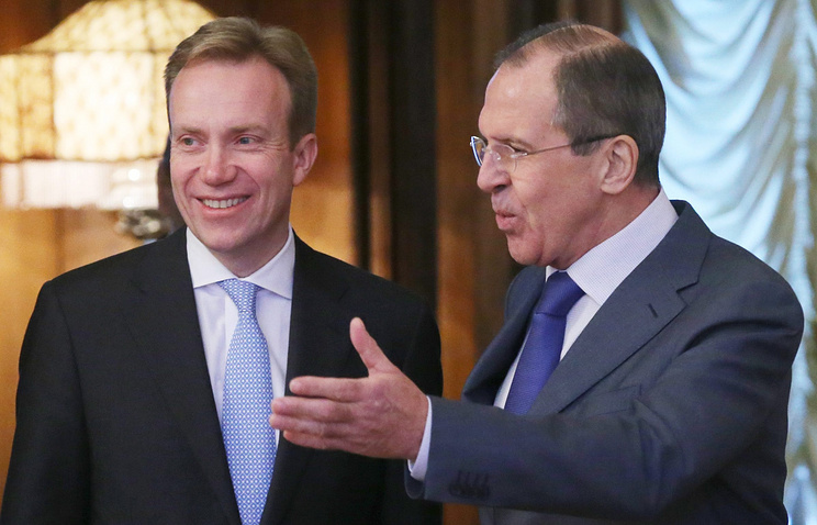 Russian Foreign Minister Sergei Lavrov and his Norwegian counterpart Borge Brende