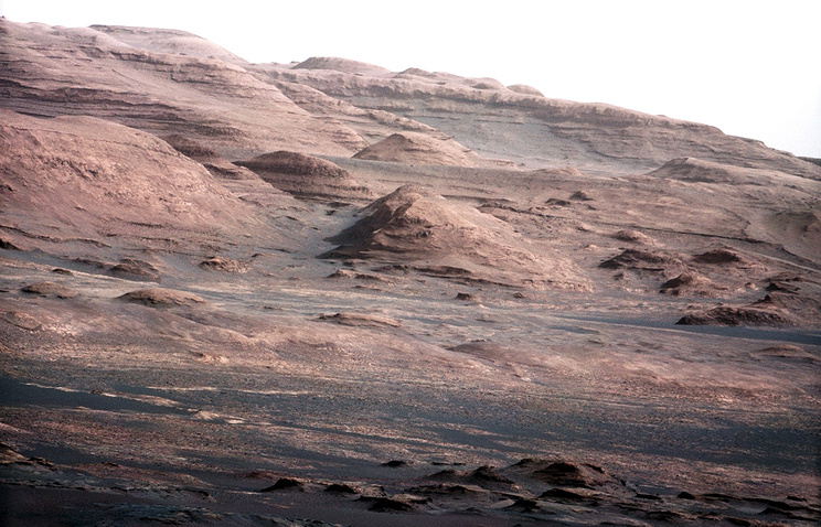Image taken by NASA Curiosity rover's 100-millimeter Mast Camera on August 23, 2012