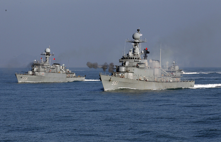 South Korea's ships during a naval drill (archive)