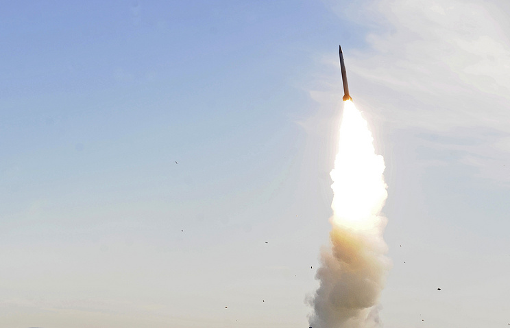 A missile being fired during military drills (archive)