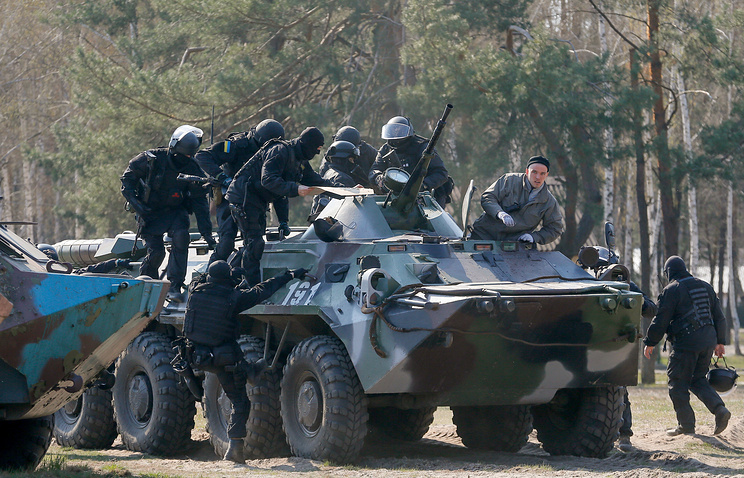 Ukrainian National Guard training session