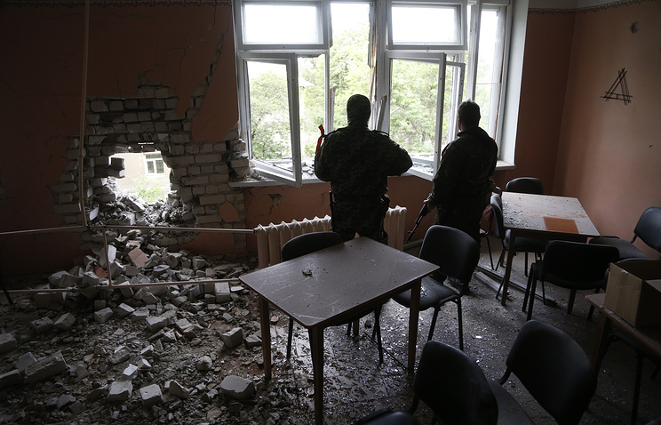 Building damaged by Sloviansk shelling (archive)
