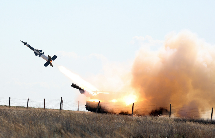Pantsir-S1 (SA-22 Greyhound) surface-to-air missile and anti-aircraft system in action