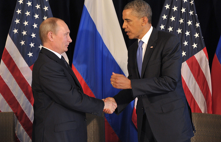 Russian President Vladimir Putin (L) and US President Barack Obama (R)