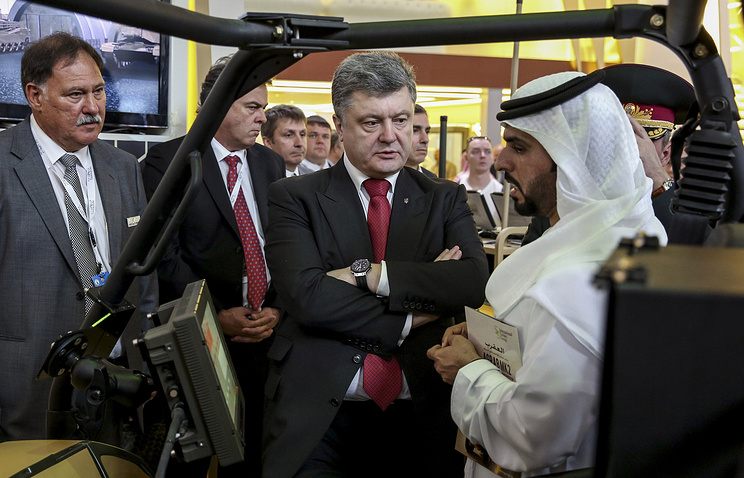 Ukraine's president Petro Poroshenko at the IDEX-2015 arms exhibition in the United Arab Emirates