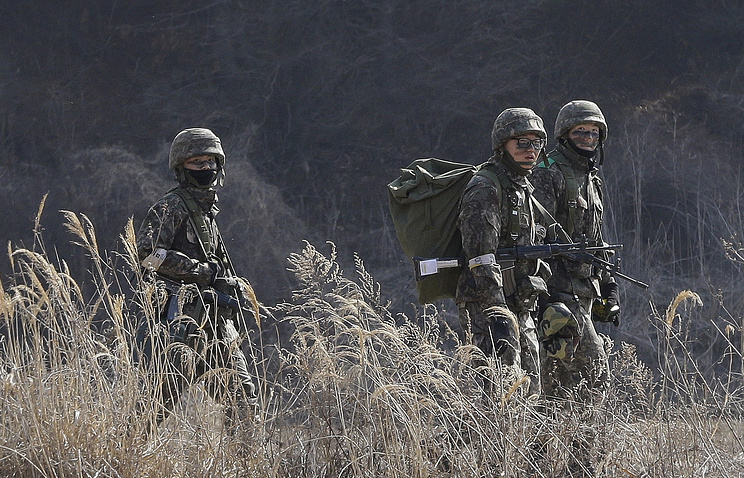 South Korean army soldiers