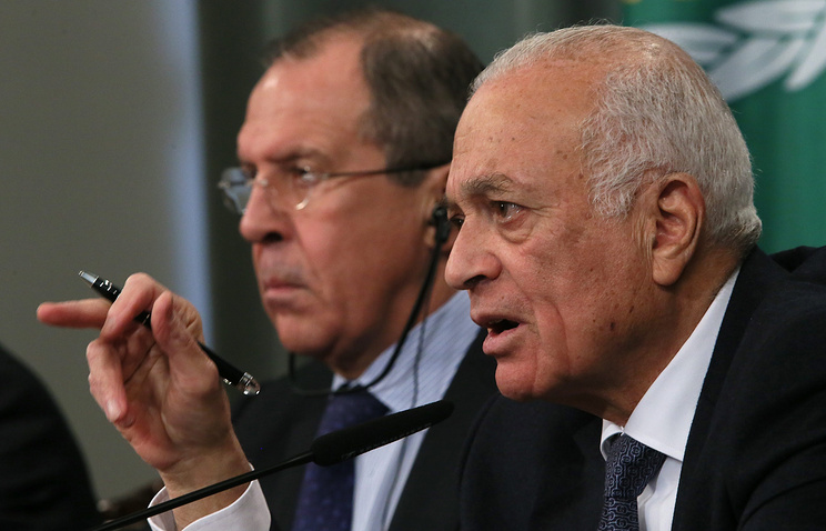 Russian Foreign Minister Sergey Lavrov and League of Arab States Secretary General Nabil al-Arabi