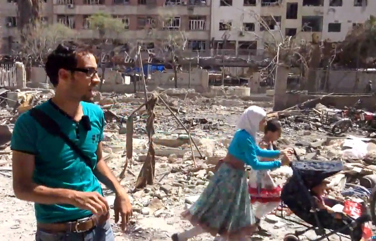 Screenshot of a video reportedly showing the aftermath of Syrian government airstrikes in Douma