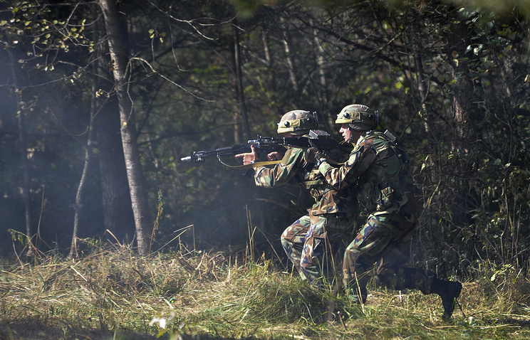 Soldiers from Moldova taking part in NATO military exercise