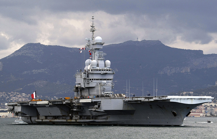 The Charles de Gaulle aircraft carrier