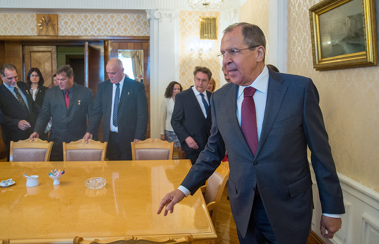 Russian Foreign Minister Sergey Lavrov at a meeting with five Cuban intelligence officers known as the Cuban Five