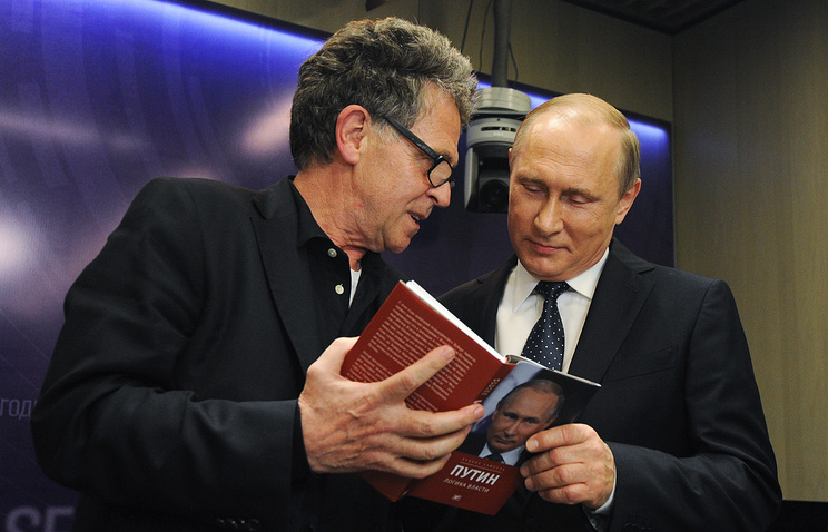 German journalist Hubert Zeipel and Russian President Vladimir Putin