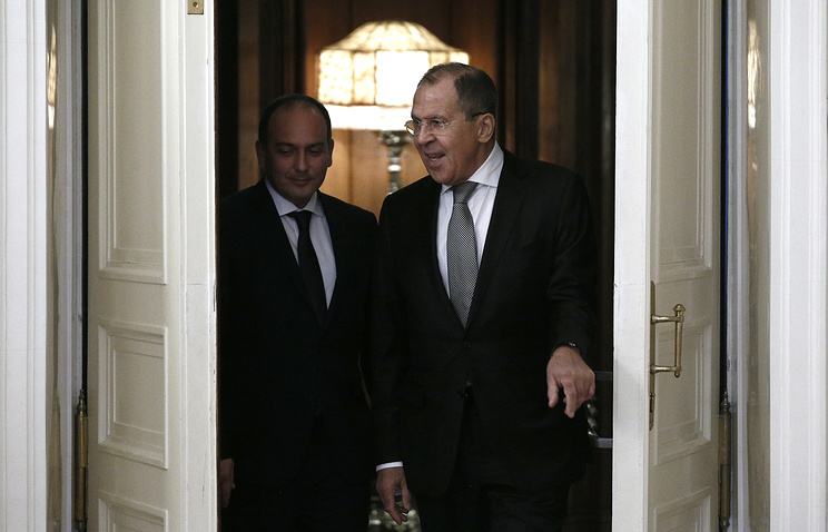 Abkhazia's minister of foreign affairs Daur Kove and Russian foreign minister Sergei Lavrov