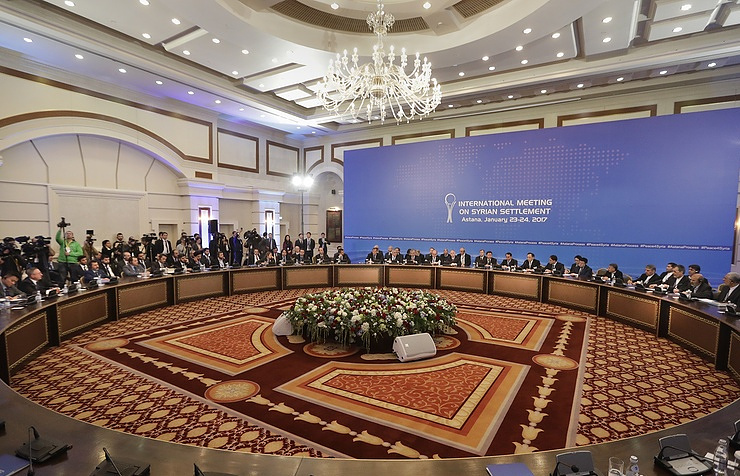 Jaberi meets with Putin's, Syria UN envoys in Astana