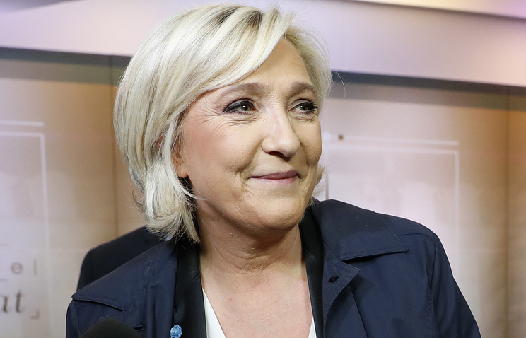 France's Le Pen Lacks Election Funds, Denies Russian Backing