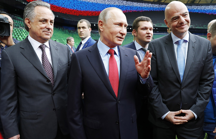 President of the Russian Football Union, Vitaly Mutko, Russia's President Vladimir Putin and FIFA President Gianni Infantino