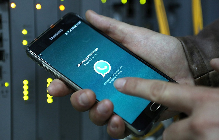 Smartphone spyware can steal WhatsApp messages from Android phones